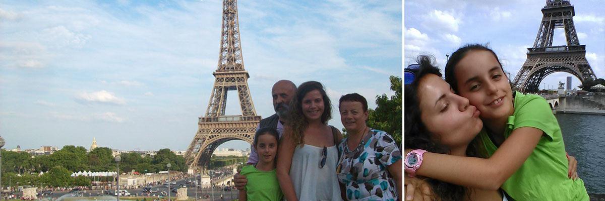 Claudia frente a la torre eiffel