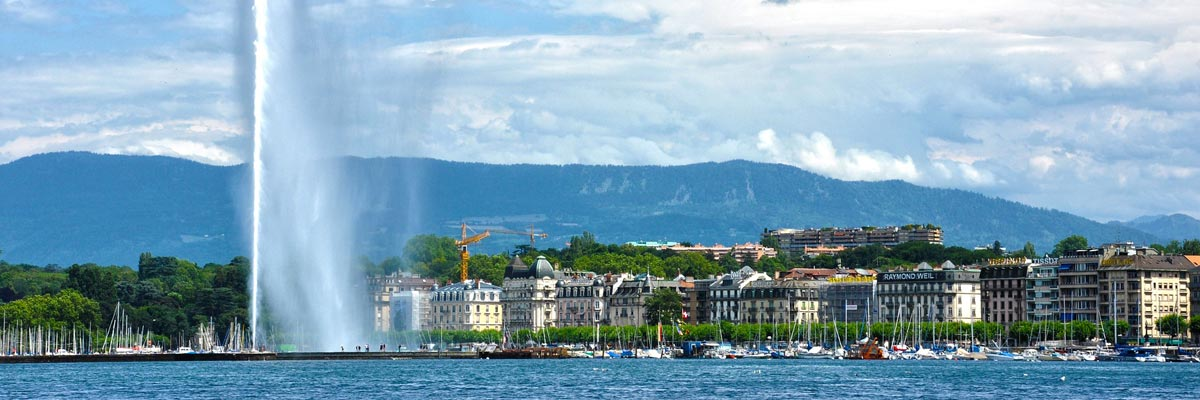 Lake Geneva with a fountain