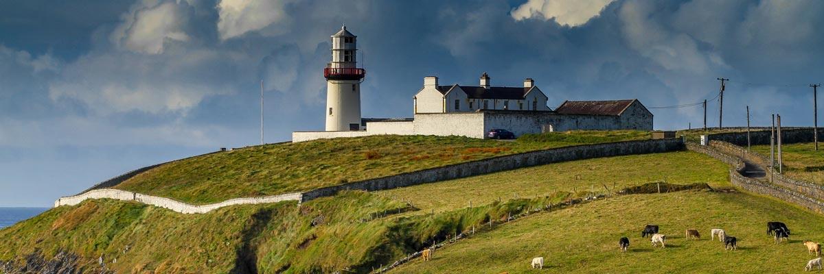 Un phare à la côte irlandaise