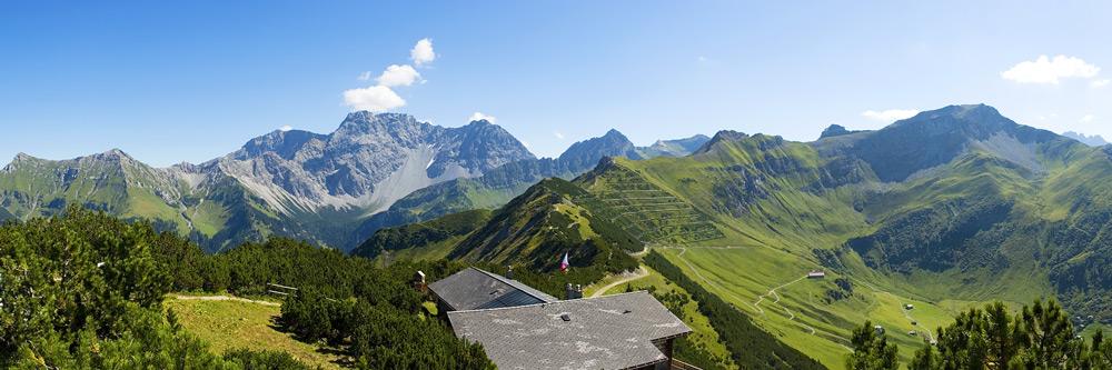 Blick über die liechtensteiner Berge
