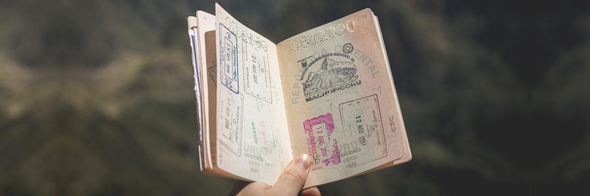 Passaporto con visti apposti