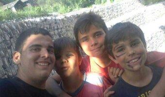 Diego mit 3 Kindern