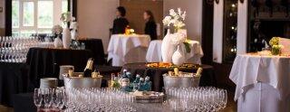 Vista del salón de recepción en el Club de Remo Germania en Frankfurt