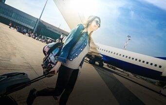 jeune fille au pair à l'aéroport